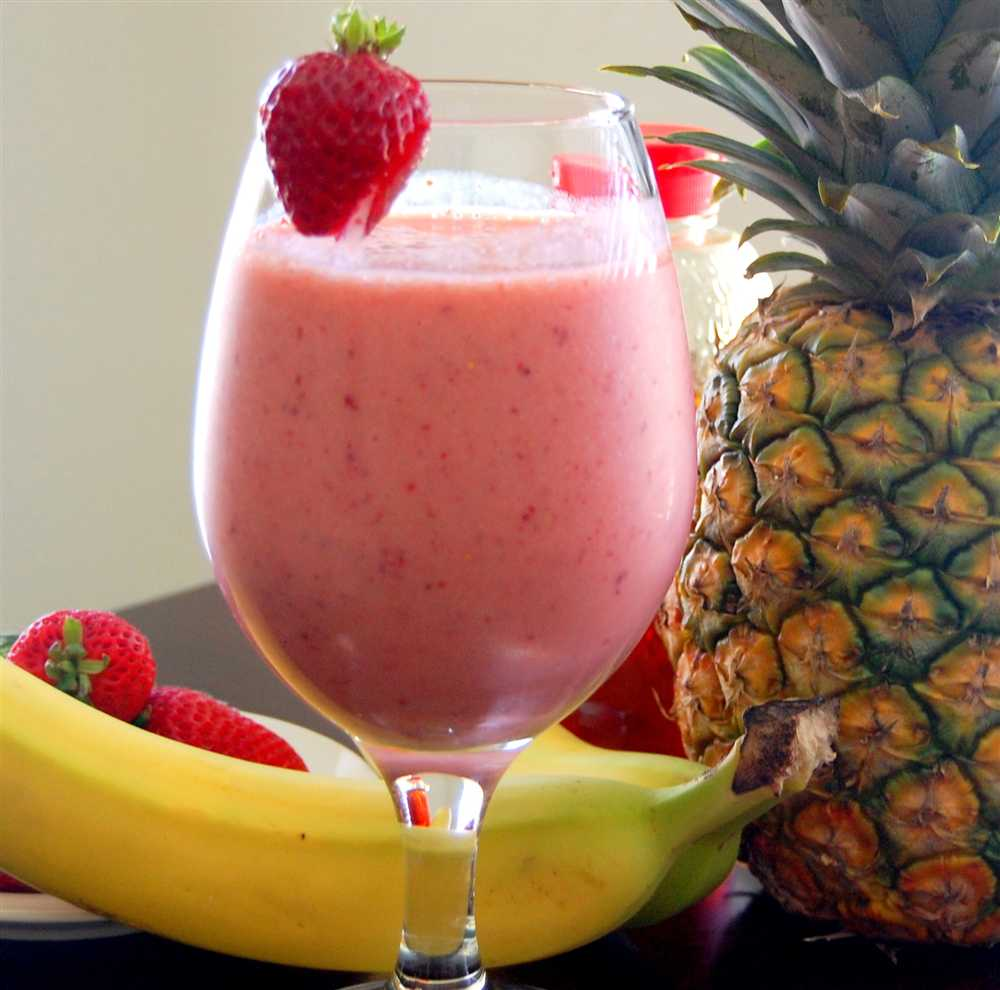 strawberry-banana-pineapple-smoothie_resized